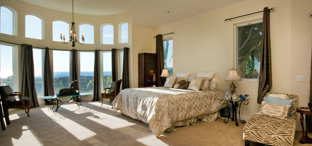 LifeSync Malibu Detox - Luxury Bedroom
