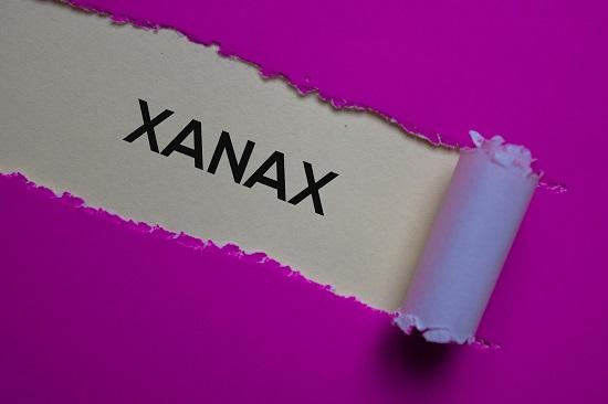 xanax bars colors benzodiazepine drug abuse addict